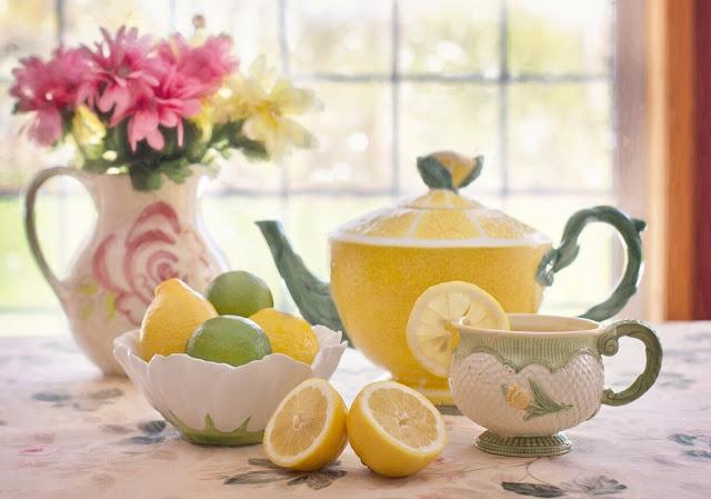 الليمون المغلي للزكام،فوائد الليمون المغلي للجسم، طريقة الليمون المغلي للزكام، فوائد الليمون المغلي للبرد،الليمون المغلي للزكام،