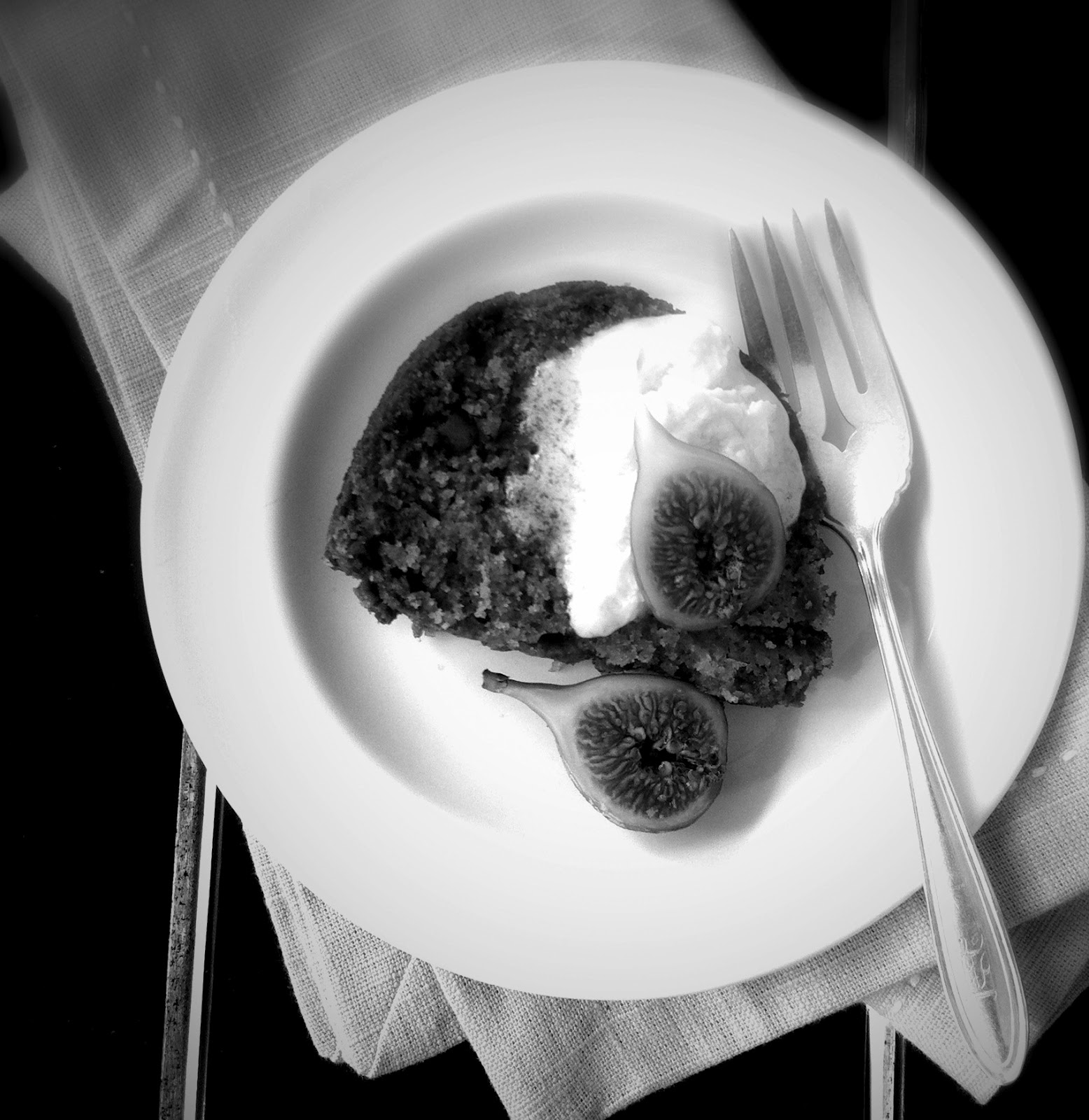 Easy Fig Preserve Cake Recipe