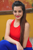 diksha panth latest sizzling pics-thumbnail-17