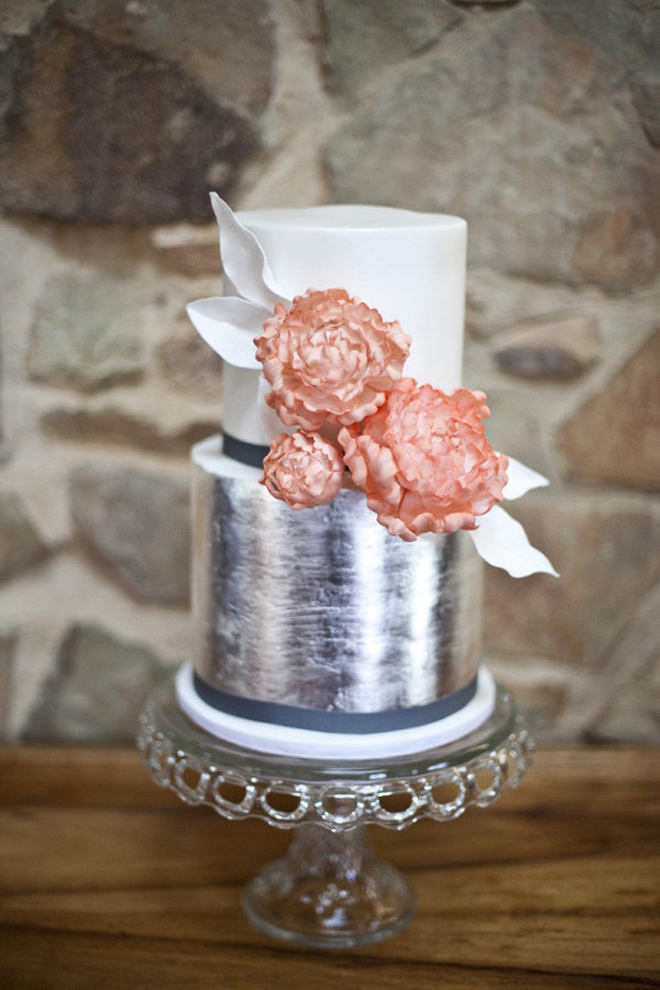Wedding Cakes With Silver Metallic Paint