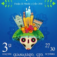 Cartaz da Fiesta de Muerte. é uma ilustração onde aparece uma caveira no centro, e sob ela elementos representando a cidade.
