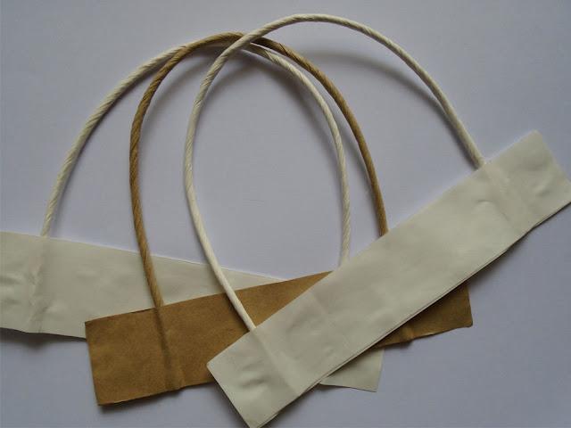 dây của túi giấy in ấn đẹp