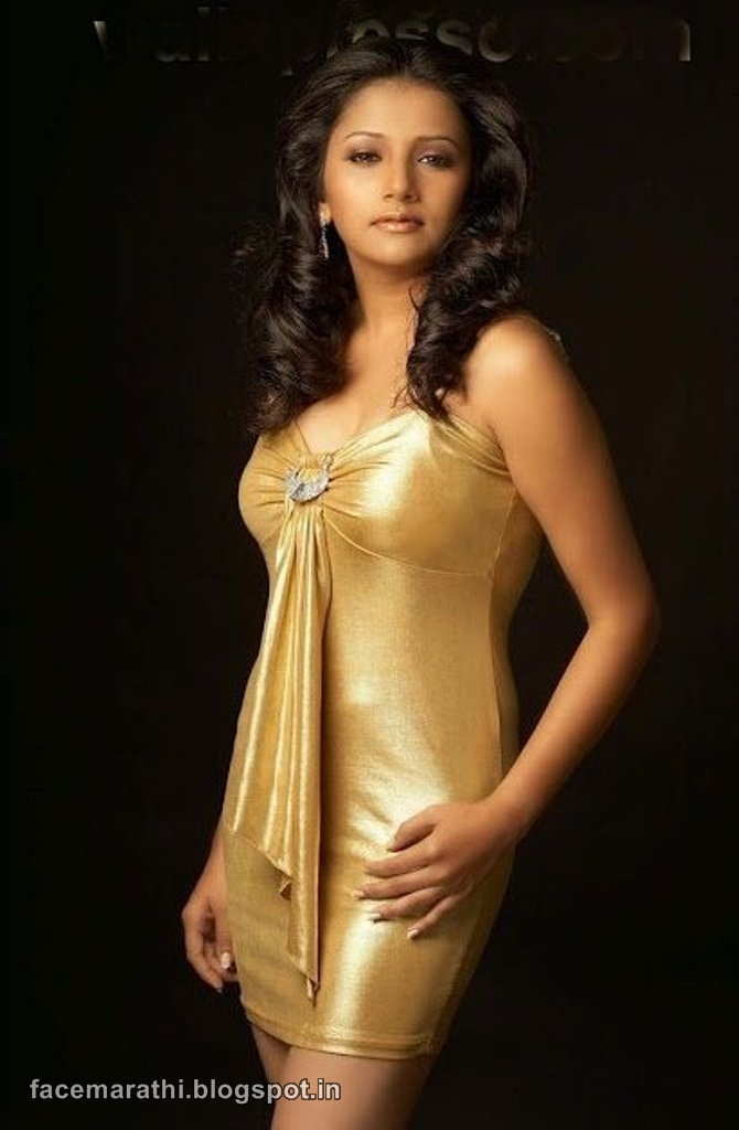 Jui Gadkari Hot Sexy Photo Shoot Wallpaper Marathi Actress -7711