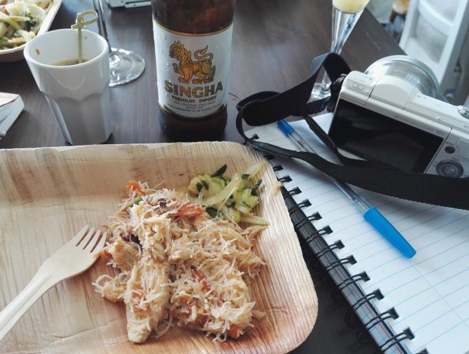 Matkabloggaajan arkipäivää - valokuvaaminen ja syöminen