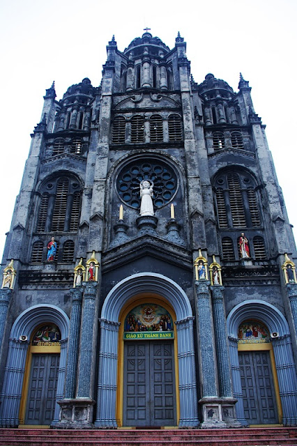 Top 8 churches in Nam Dinh attract tourists 5