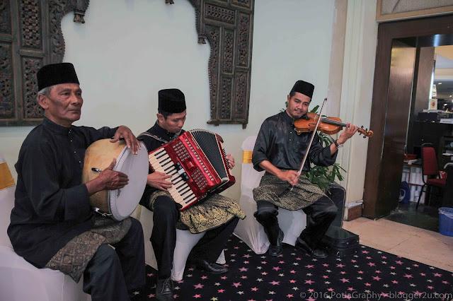 Alunan muzik era 60an - Buffet Ramadan Hotel Ancasa Kuala Lumpur