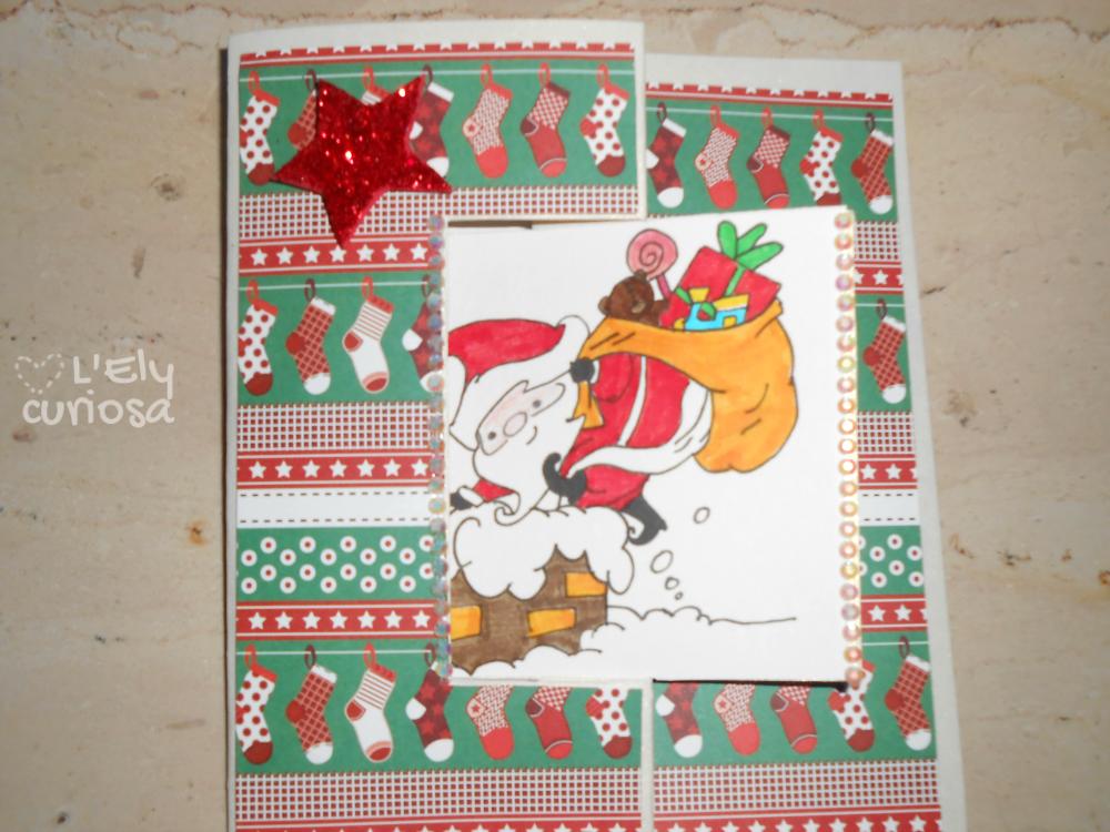 Camino Di Babbo Natale.Un Biglietto Con Babbo Natale Che Scende Giu Dal Camino L