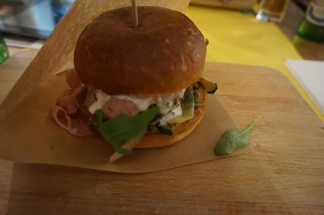 Ham holy Burger Milan