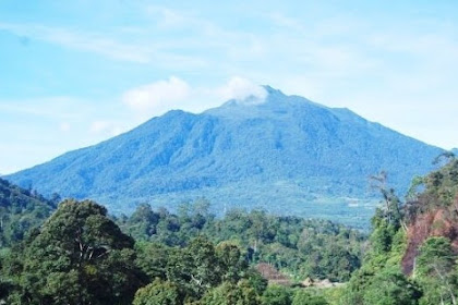 Objek Wisata Gunung Talamau Pasaman Barat Sumatera Barat (Sumbar)