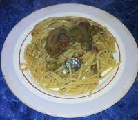 2016 03 08%2B19.59.22 - Spaghetti cu sos de ciuperci si capere, de post