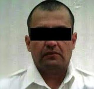 Ex jefe de policía municipal de Michoacán es detenido con droga y armas