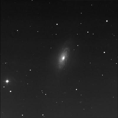 galaxy NGC 3521 in luminance