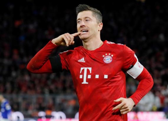 Robert Lewandowski Bayern Munich striker