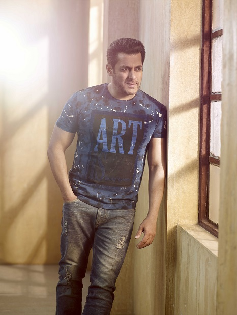Being Human announces its Spring Summer 17 campaign with Salman Khan and Amy Jackson