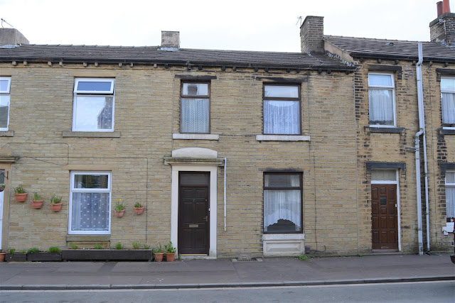 This Is Huddersfield Property - 2 bed terraced house for sale South Street, Paddock, Huddersfield HD1