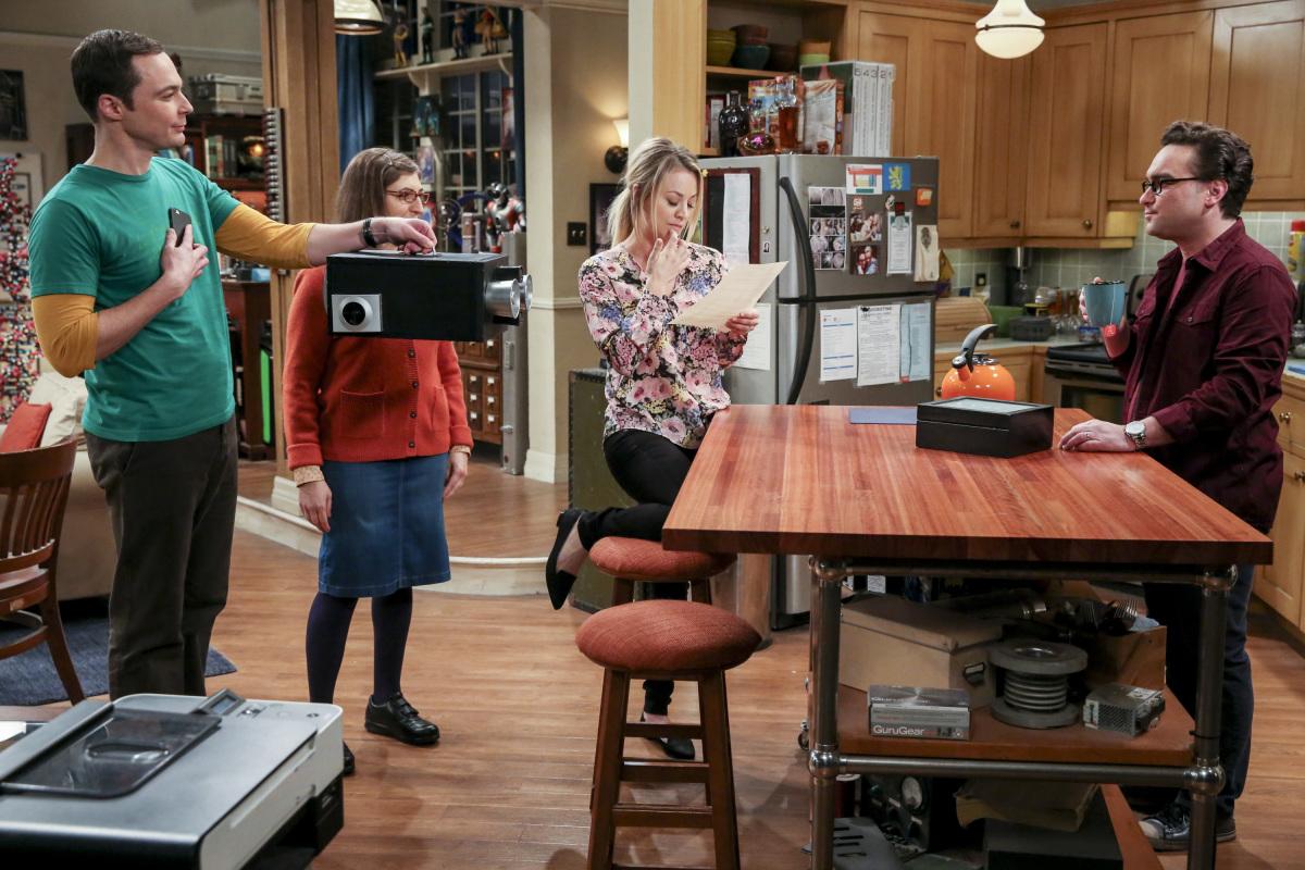 Sheldon cagándola con la tecnología no es algo que se vea todos los días