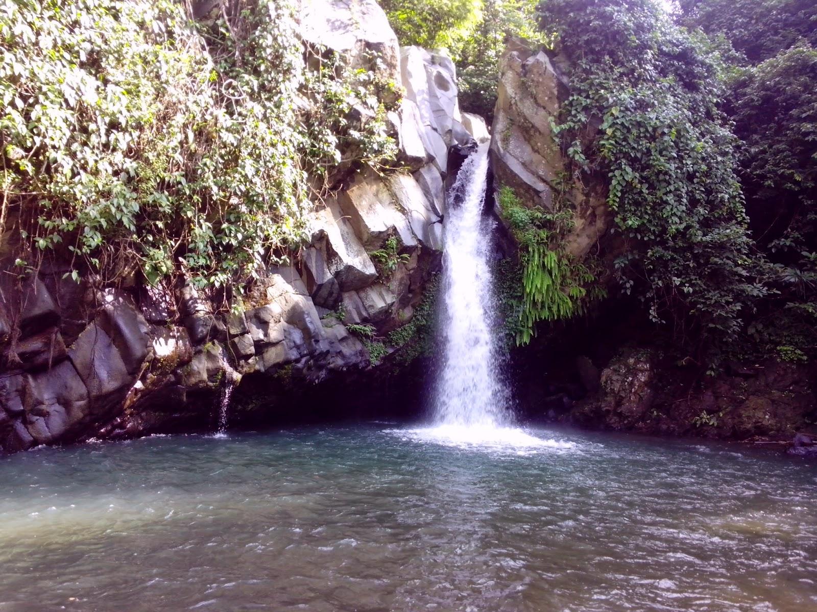 Lampung Traveller: Segarnya Air Terjun Way Lalaan - Tanggamus