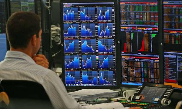 Επενδυτικό ταμείο στοιχηματίζει σε ελληνικά και ιταλικά ομόλογα