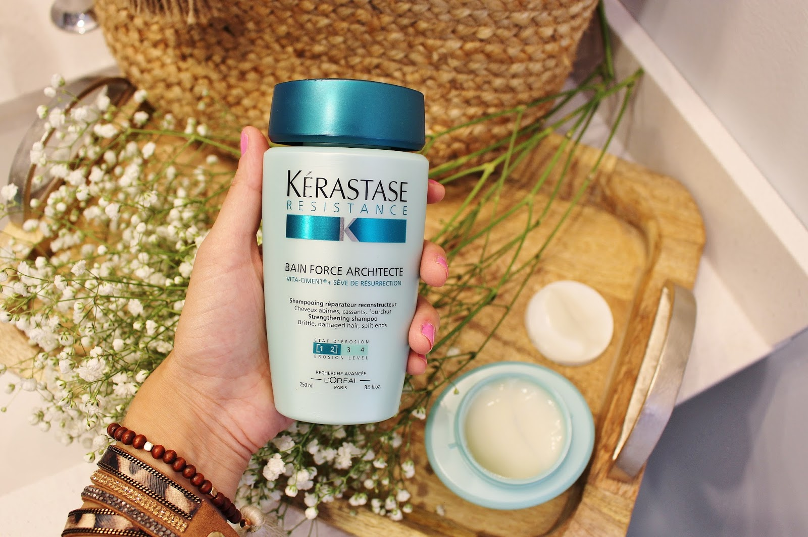 Bijuleni - Bain Force Architecte Kerastase Hair Care