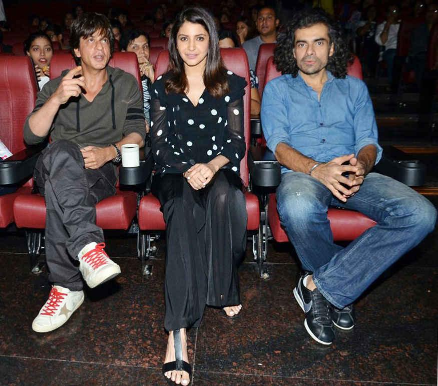 Shah Rukh Khan and Anushka Sharma at 'Jab Harry Met Sejal' Special Screening