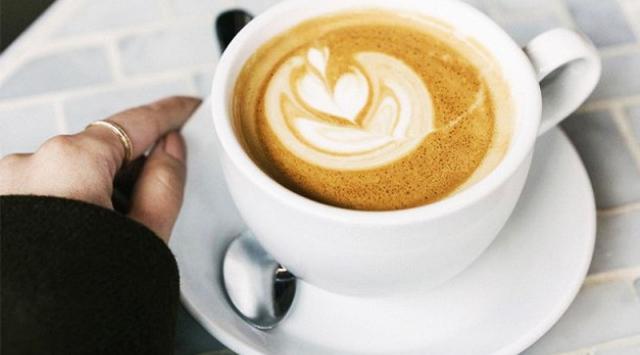 Menurut Sains, Minum Kopi Setiap Pagi Dapat Mencegah Penuaan