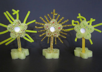 Catholic Icing Craft For Catholic Kids Make A Monstrance