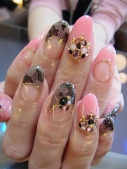 Fashion Nail Trend: Latest Nail Art Designs