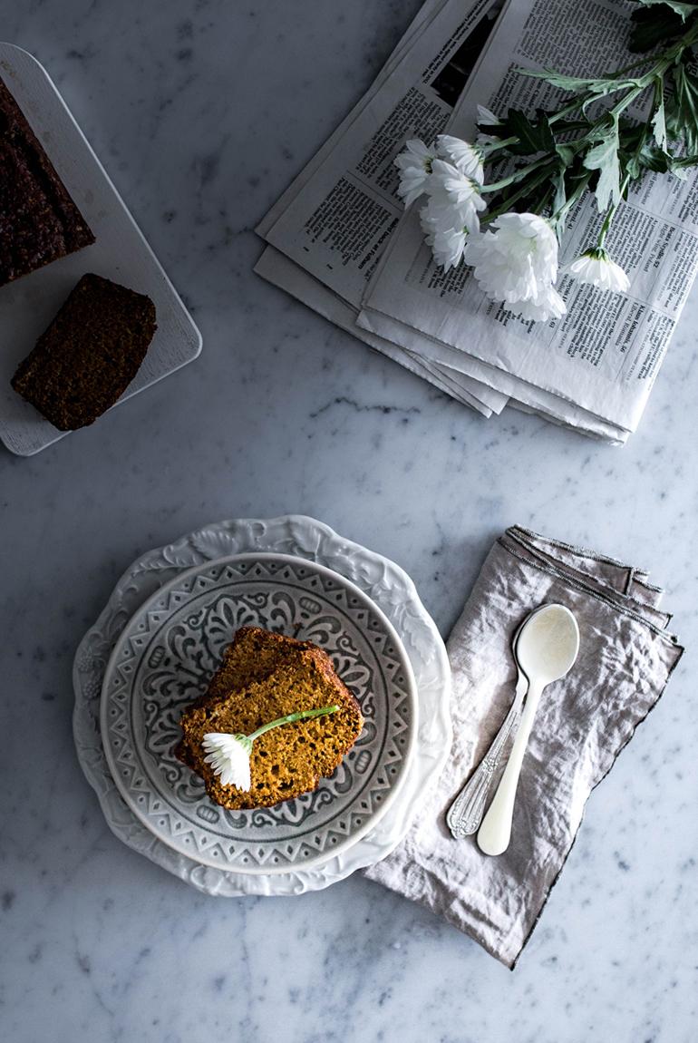 receta-pan-calabaza-mesa-desayuno