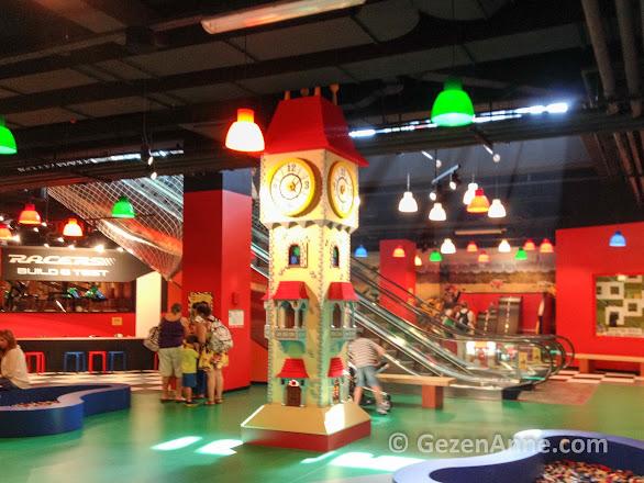 Legoland'in ana eğlence salonu