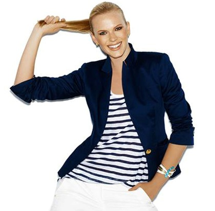 Tendance mode femme : Adoptez le look marin !