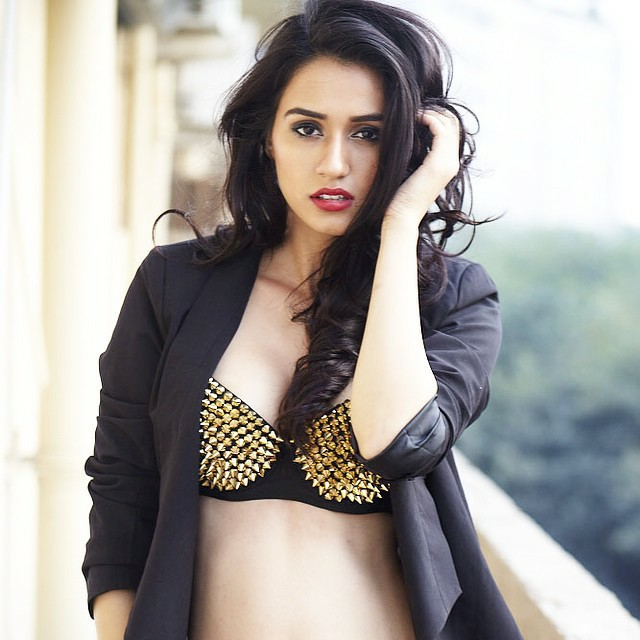 disha-patani-top-picture