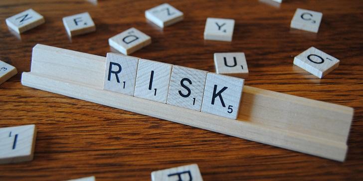 過度強調和注意風險可能導致科技和社會發展停滯不前