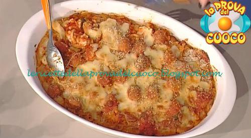 Timballo di gramigna con polpettine ricetta Moroni da Prova del Cuoco