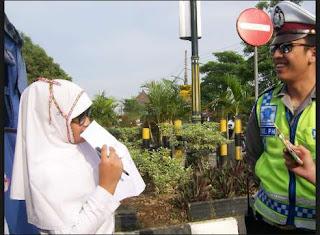 Contoh Susunan Lengkap Laporan Wawancara Bahasa Sunda Dengan Polisi