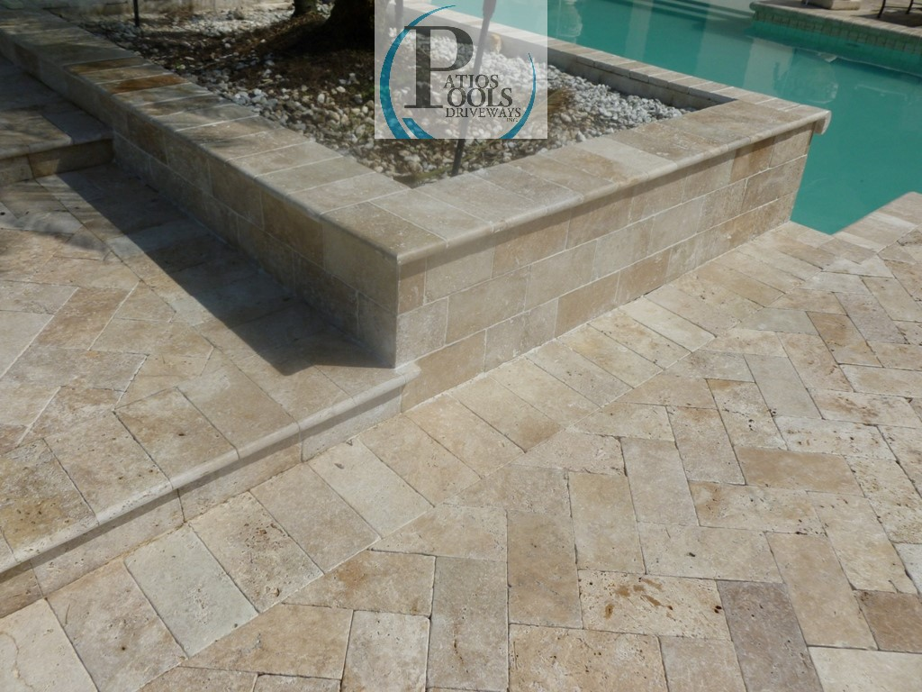 Travertine Stone A Great Choice For Driveway Patio