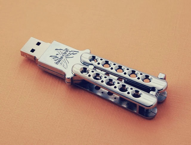 Awesome USB Drives (15) 7