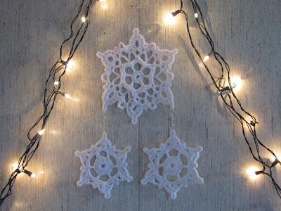 snowflake, winter, Christmas, wall hanging, art, doilies, holiday