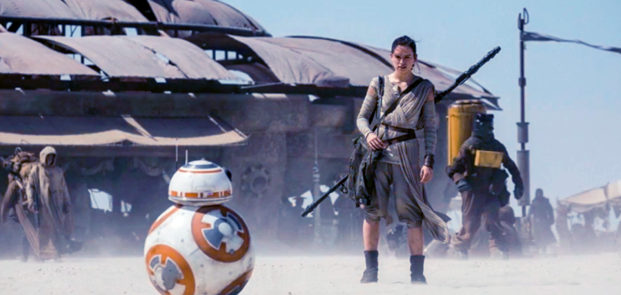 Star Wars: The Force Awakens Trailer: Rey şi BB8 pe Planeta Jakku