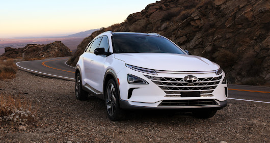 Hyundai takes hydrogen cars to the Nexo level
