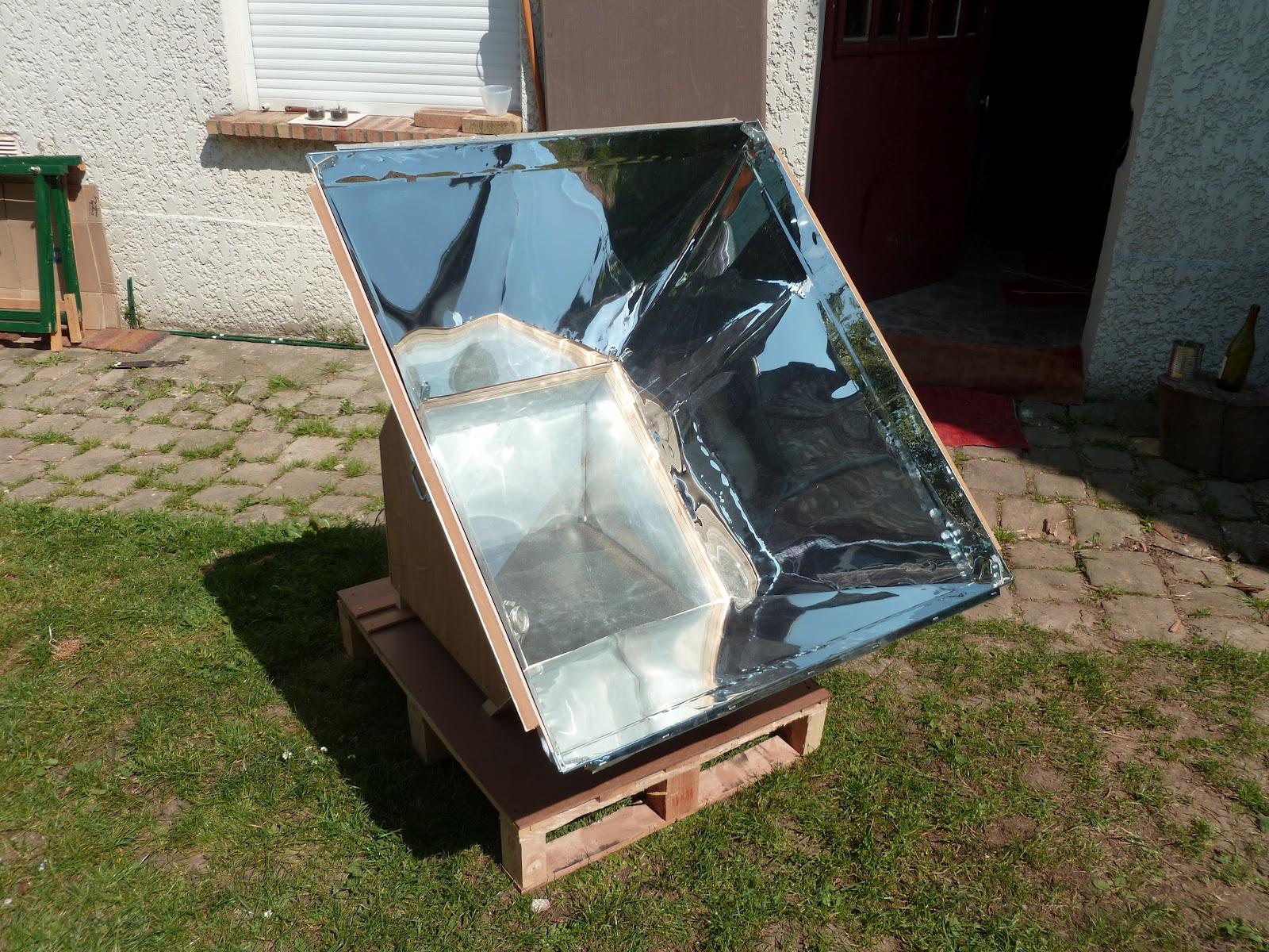 cuisiner au soleil le four solaire. Black Bedroom Furniture Sets. Home Design Ideas