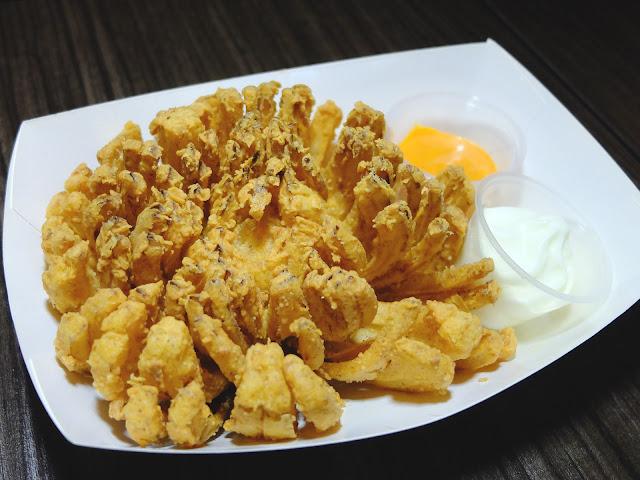 Chicken Up.. Korean Chicken Restaurant Certified Daebak!