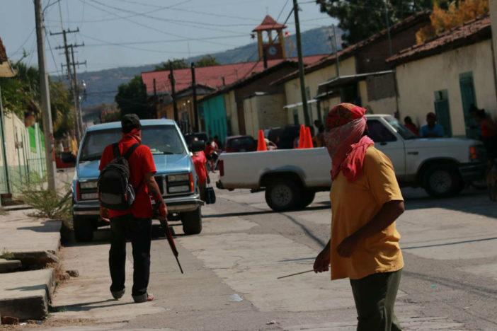 San Miguel Totolapan, en resistencia armada