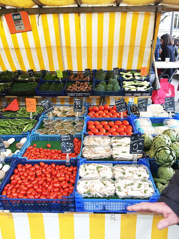 produce at Bastille farmers market