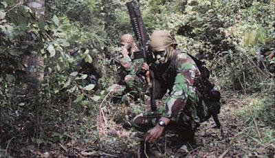 Latihan Kopassus Indonesia