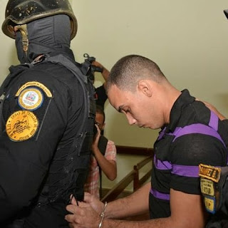 """Condenan a 30 años de prisión a """"Chaman Chacra"""" por asesinar pareja e hijastros."""