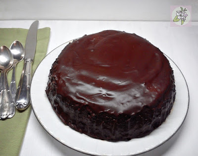 Crazy Cake o Bizcocho Loco con Cobertura de Chocolate