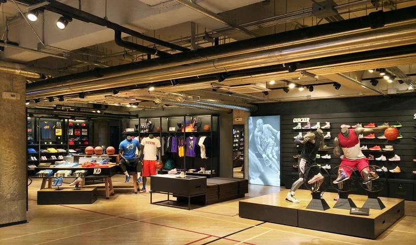 1ff09cd27a Loja Nike para comprar tenis de corrida em San Diego
