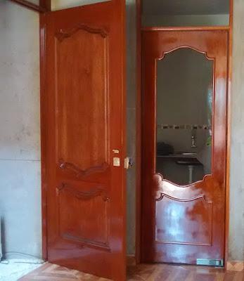 Puerta de madera para cocina en Lima