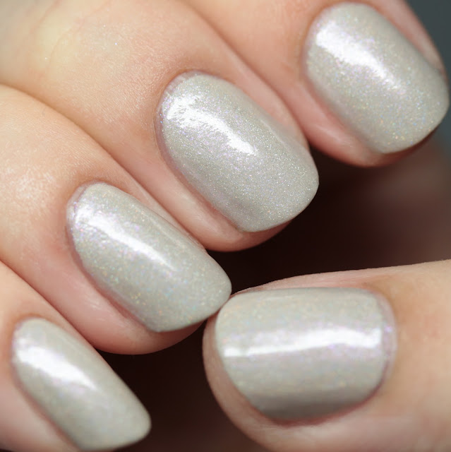 Blue-Eyed Girl Lacquer Lilac Blondes on the Beach