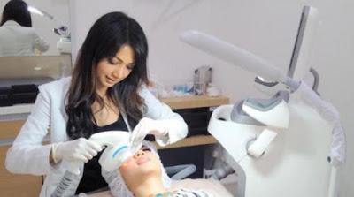 Perawatan Kecantikan Miracle Clinic Teknologi Gelombang Cahaya Kecantikan Kulit
